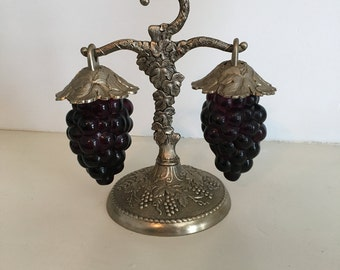 Grapes on the Vine Salt and Pepper Shakers
