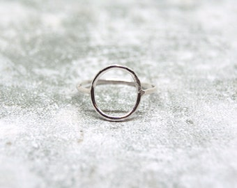 Handmade Sterling Silver Open Circle Ring, Silver Negative Space Ring, Sterling Silver Skinny Ring, Minimalist Circle Ring, Dainty Ring