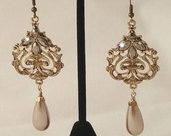 Golden Tear Drop Pearl Earrings - Gold Earrings - Pearl Earrings - Women's Gold Earrings - Women's Earrings - Crystal - Dangle Earrings