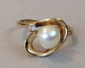 Sterling Silver Salt Water Pearl and CZ Orbit Ring