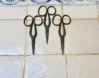 Iron Scissors, Wabi Sabi Decor, Primitive Scissors, Sewing Accessories, Haberdashery Collectibles, Vintage Tailor Tools