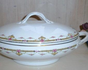 Vintage Limoges Vegetable dish France - Vintage Limoges porcelain vases