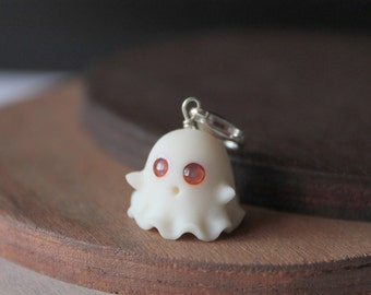 CUSTOM EYE COLOR Glow in the dark ghost charm, handmade with polymer clay christmas clay charms halloween accessories halloween keychains