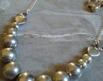 Original Vintage silver super lightweight metal necklace