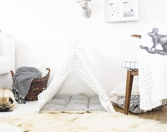 Dog teepee - white with gray stars (medium size) Oh yes, FREE shipping!