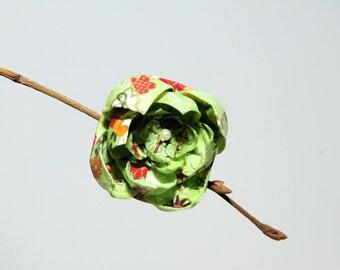 """Origami """"Rose green Champêtre"""" brooch"""