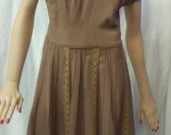 "Lovely Vintage 1950's dress ""Fashioned by Sorority"" pleated skirt and embellished lace bands size small"