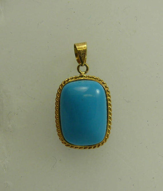 Reconstituted 13.6 x 9.6 mmTurquoise Pendant, 14k Yellow Gold