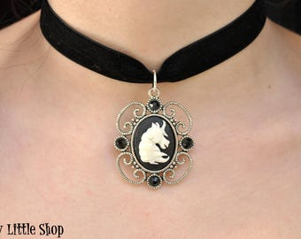 Frame unicorn necklace,unicorn cameo choker,resin unicorn choker necklace,goth unicorn pendant,velvet unicorn necklace,charm unicorn collar