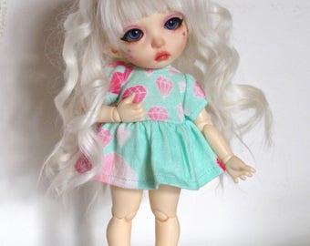 Pukifee 5-6 inch alpaca wool wig, white curled style.