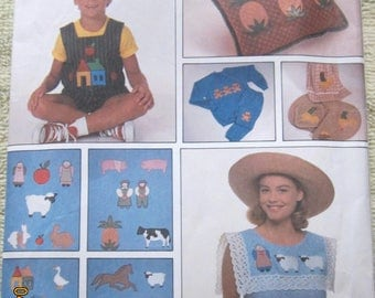 A Simplicity 9078 Crafts pattern