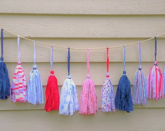Fabric Tassel Garland Red White Blue Tassel Banner 6-Foot Indoor/Outdoor Patriotic Decor July 4th Party Banner
