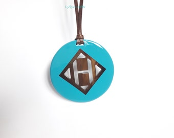 Chic Big H Pattern Buffalo Horn Pendant, Turquoise lacquer 80mm in diameter, 4mm in thickness [BH-003]