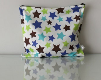 Waterproof Bag- Stars - Perfect to carry washable diapers, dirty clothes or wet bathing suits!