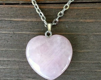Rose Quartz Heart Pendant Necklace - Valentine Gift for Her Spiritual Crystal Rose Quartz Necklace - Pink Gemstone - Rose Heart - Reiki Rock
