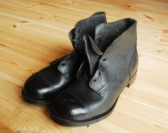 Vintage 1950's Black British Military Ammo Army Boots by John White UK 8