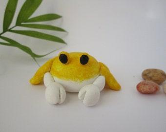 Polymer Clay Ghost Crab, Crab Decor, Crab Cake Topper, Yellow Crab, Cute Crab Art, Beach Decor, Ocean Animal, Nautical Nursery Decorations