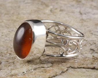 Size 6 AMBER Ring Sterling Silver Bezel Ring - Natural Amber Stone Cabochon J662
