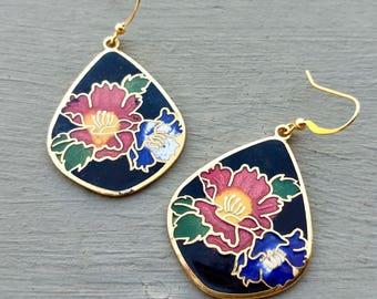 Vintage Enamel Flower Earrings, Cloisonne Earrings, Vintage Jewelry, Gift for girlfriend, Flower Earrings, Vintage Cloisonné Earrings