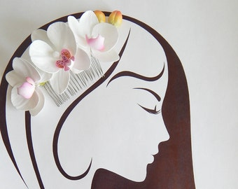Orchid hair comb, White hair comb, Wedding hair combs, Bridal haircomb, Tropical flowers, Phalaenopsis, Beach wedding, White real orchids
