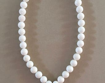 White Sponge Coral Necklace with Opii Shell Pendant