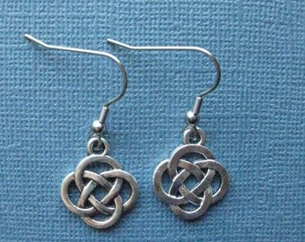 Celtic Knot Earrings - Celtic Earrings - Irish Earrings - Dangle Earrings - Irish - Celtic Knot - Irish Jewelry -- E100