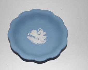 "Blue Wedgewood Jasperware,small dish,made in England,1956,trinket dish,horse and chariot,4"" round,small ring dish,soap dish"
