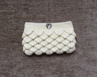 Ladies Clutch/Bag/Purse with Heart Shaped Gemstone Button Hand Knit/Crochet