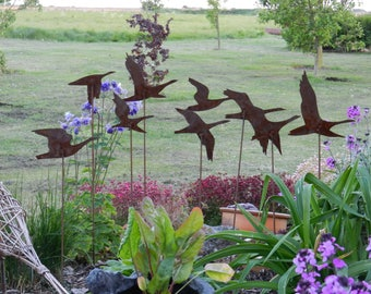 Flying Geese Garden Art / Rusty Metal Geese Sculpture / Swans in flight / Rusty Metal Bird Garden Decor / Garden Centrepiece /Geese ornament