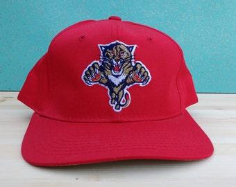 Vintage 90's Starter Florida Panthers NHL Hockey Red Snapback Cap Beauty