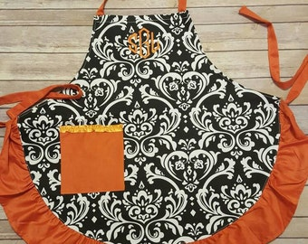 Monogrammed damask apron, Personalized gift, Personalized aprons, aprons, womens aprons, cooking aprons, baking aprons, monogrammed apron,