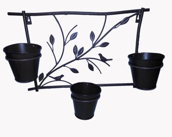Metal hanging wall planter with 3 pots