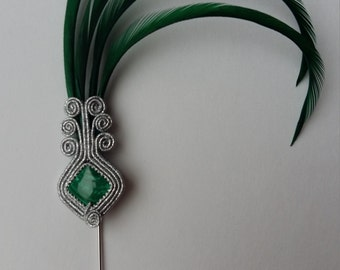 hat-pin / brooch with green feathers