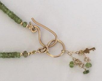 Peridot gold necklace, Green peridot necklace, Peridot gemstone, Green gemstone, Gold filled necklace, August birthstone necklace, Peridot,