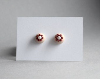 handmade earrings made from polymer clay - flower cream