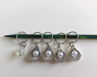 Pearl in Shell Stitch Marker Set