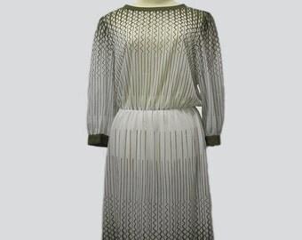 Vintage Dress // Vintage print dress 70s // 70s