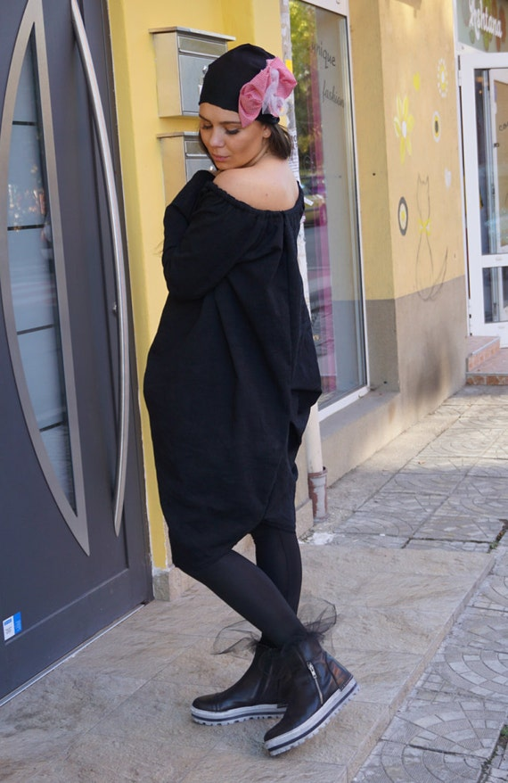 Extravagant Fall Winter Dress, Flattering Black Loose Dress, Robe Dress with Hat, Loose Aakasha Dress, Oversized Clothing, Off shoulder Dres