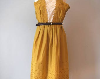 Vintage Lace Mustard Midi Sleevless Dress / Embroidery Dress / Summer Dress / Day Dress / Woman / L-XL