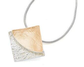 Classic & Classy Enamel Square Silver Pendant Necklace NK4007j