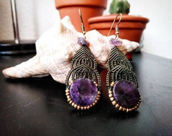 Macrame earrings with amethyst