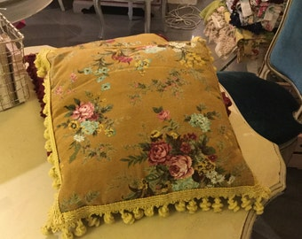 Floral cotton pillows with trimmings