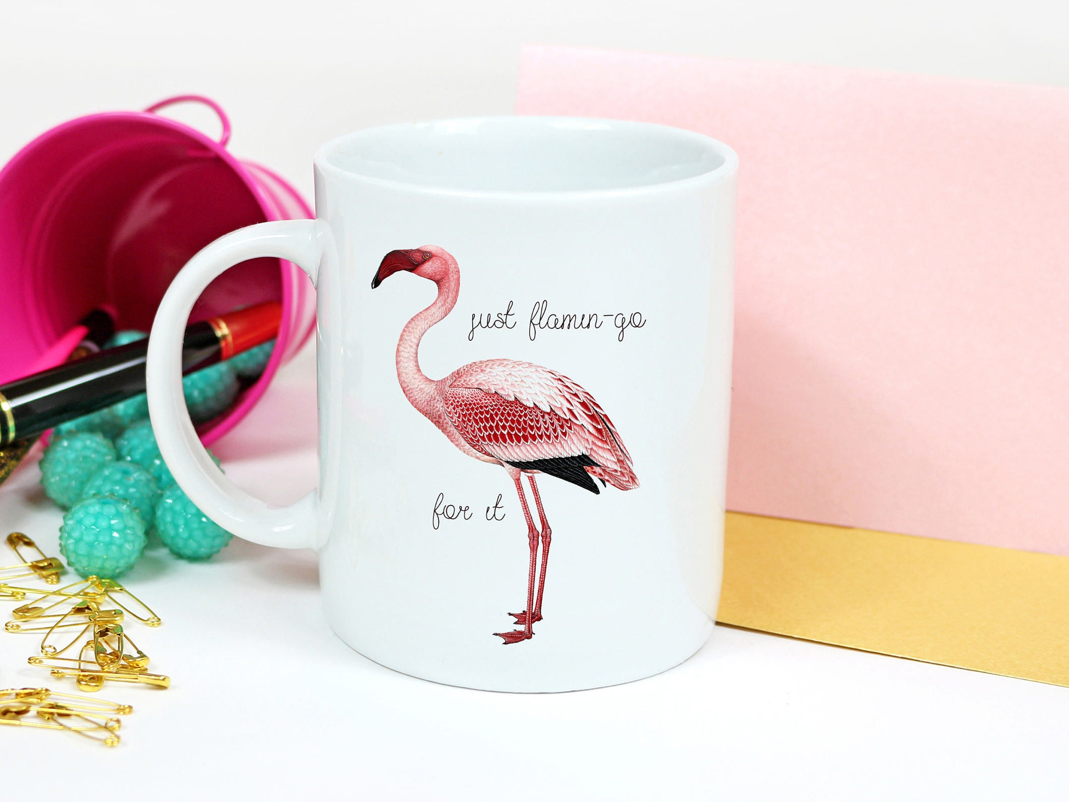 flamant rose cadeaux tasses de th tasse flamant rose mignon. Black Bedroom Furniture Sets. Home Design Ideas