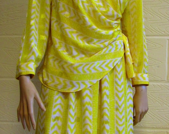 Yellow & White 80s Structured Dress - Size 14