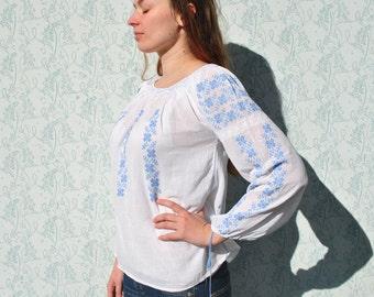 Peasant blouse, peasant top, white peasant blouse, vintage peasant blouse, boho blouse, blue embroidered blouse, ethnic embroidered blouse