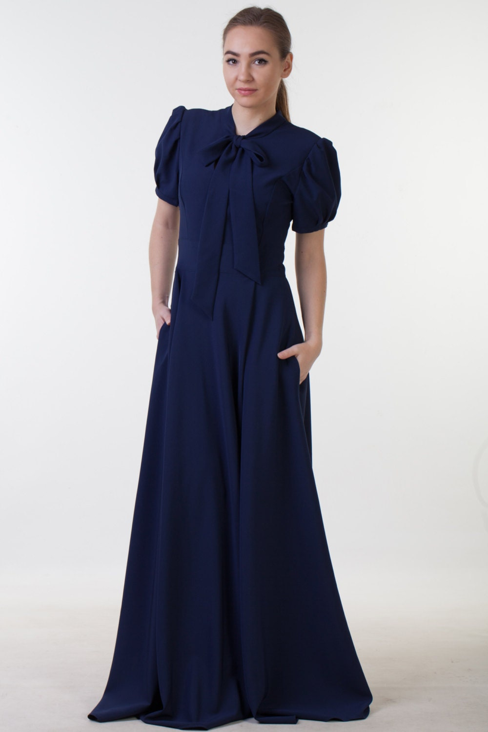 Clearance one size sale long navy blue dress with pockets zoom ombrellifo Choice Image