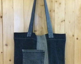 Bag style Tote in recovered jeans
