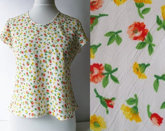 Vintage Floral Blouse, Floral Top, Womens floral blouse, Light blouse, Floral print blouse, floral print top, Size M