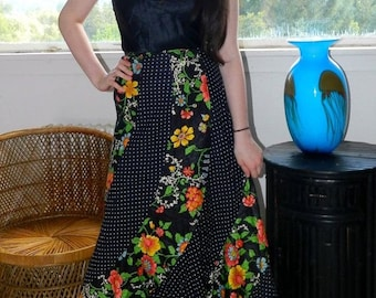 Vtg 70's Trumpet Skirt by ADDENDA - Full Length with Flare Bottom Gorgeous Floral Polka Dot Print Festival Skirt XS/S