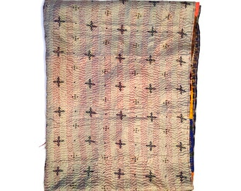 "Kantha Silk Fabric / XL - Scarf ""BANGAON""|textile|handmade| high quality silk shawl| sariPatchwork | embroidery | kantha stiching| stola |"